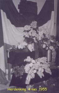 1955 Herdenking 4 mei 001T
