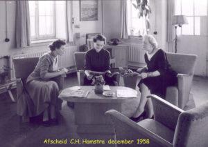 1958 afscheid Mej Hamstra 12-58 02T